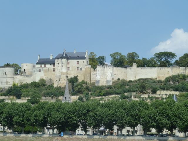 First view of Chinon castle from the bicycle path