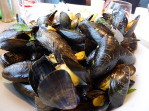 Incredible bouchot mussels