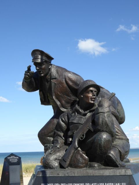 Tribute to the officers and soldiers of the US Navy who were part of the invasion troops–Utah Beach