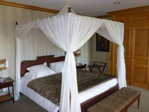 My fairy tale bed at Le Clos des Matignon