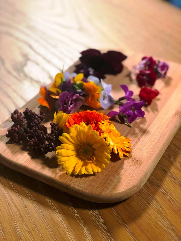 J-flowers-edible-IMG_3932