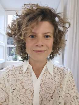 Alice Bifarella, Professional Tour Guide