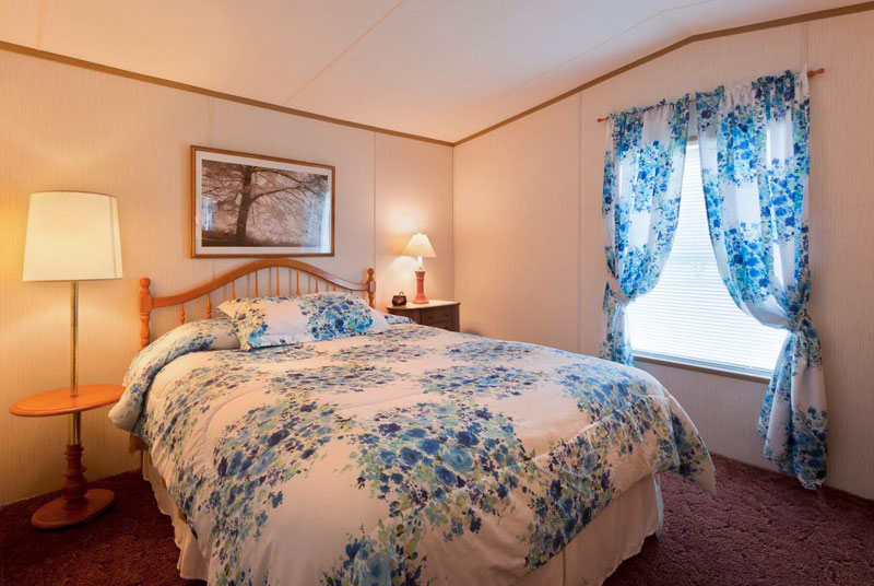 A-Slice-of-Home-Bed-&-Breakfast-Spencer-Tioga-Bedroom-1
