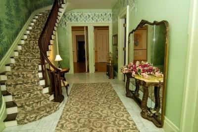 entrance-interior