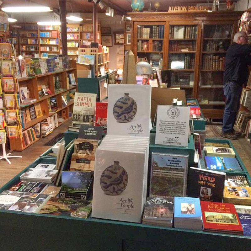 Riverow-Bookshop-Books-Display-