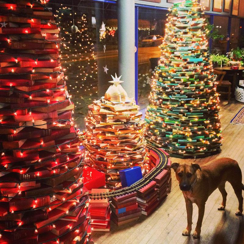 Riverow-Bookshop-Owego-Book-Trees-with-Dog-Christmas
