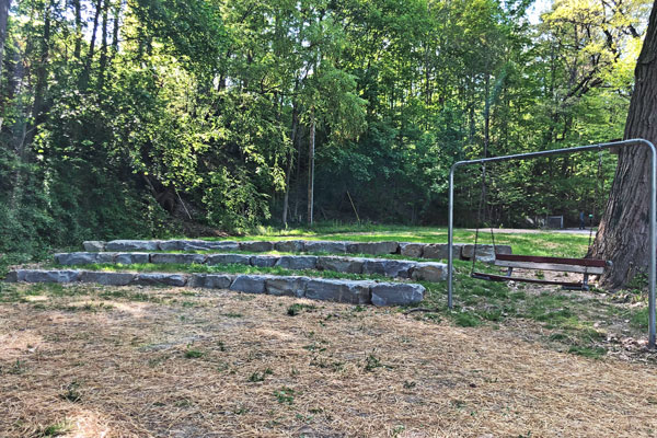 Waverly-Glen-Park-Ampitheater-Seating