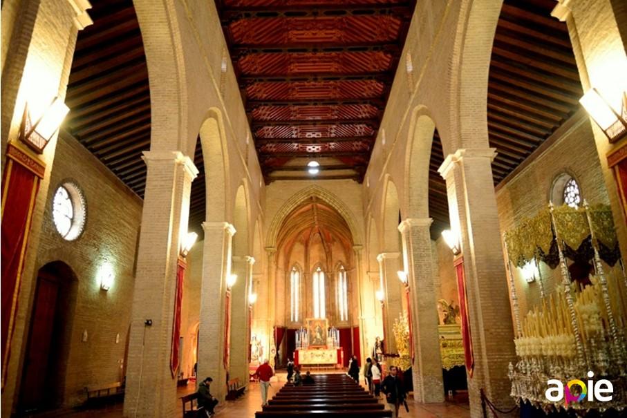Ruta por los templos de Sevilla, iglesia de Santa Marina