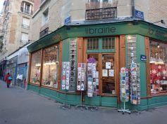 """Wunderbare indie Buchhandlung in """"meinem"""" Viertel in Paris"""