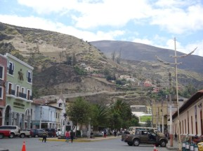 The town of Alausi
