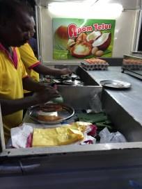Making apon telur