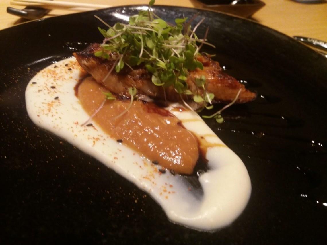 buri-marinado-pure-cara-raspas-toro-sushi-toro-sushi-misso