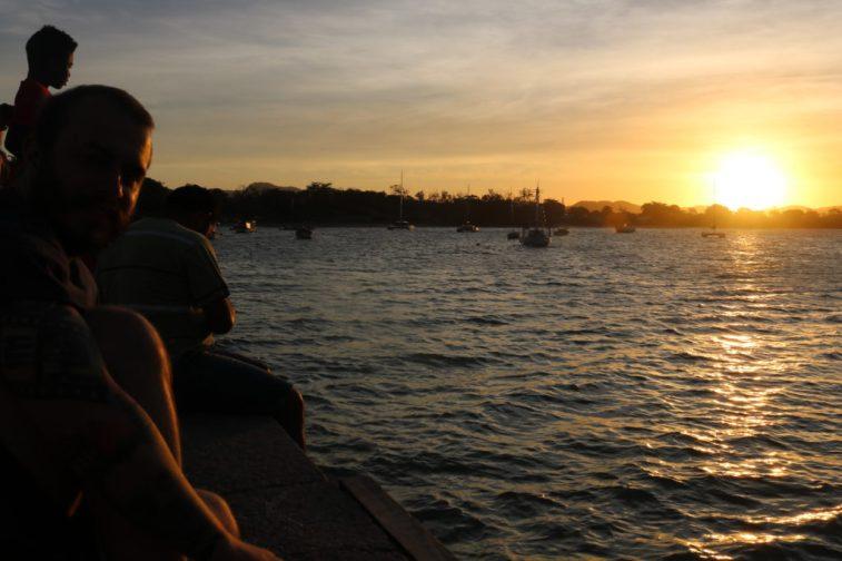 Felipe na Praia de Manguinhos - Foto: ExperiMenteSP