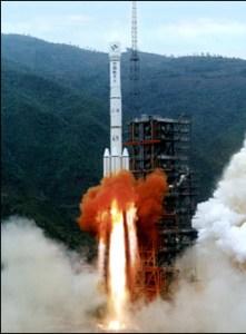 китайский космодром и ракета