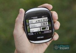 Windows Phone KIN One удобно силит в руке