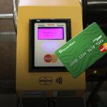 ПриватБанк бесплатно открывает карты для оплаты в киевском метро и возвращает стоимость каждой десятой поездки