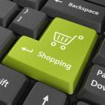 В пятницу украинцам тяжелее всего оплачивать покупки онлайн