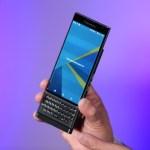 На видео показана внутренняя начинка BlackBerry Priv