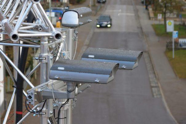 камеры на столбах