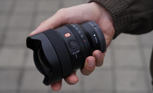 объектив Sony FE 14 ММ F1.8 G Master