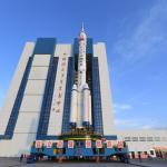 """Китай готовит к запуску пилотируемый корабль """"Шэньчжоу-13"""""""