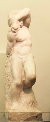 MALE FORM STATUE