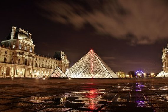 Round-the-world via Paris