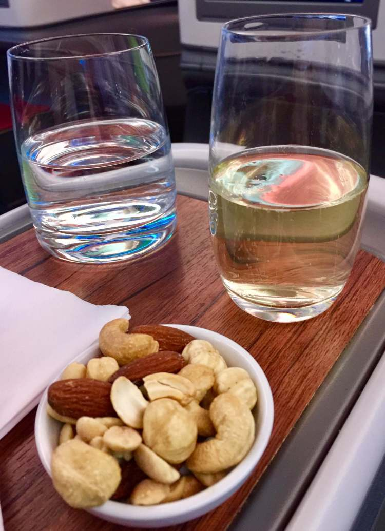LATAM-Business-Class-welcome-drinks-round-world-trip
