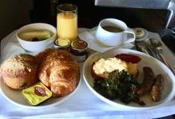 Qantas-Business-Class-breakfast-round-world-trip