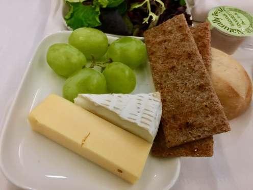 Finnair-330-JFK-HEL-cheese-round-world-trip