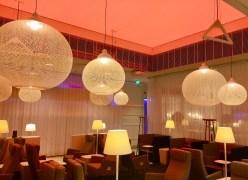 Finnair-Premium-Lounge-mood-lighting-round-world-trip