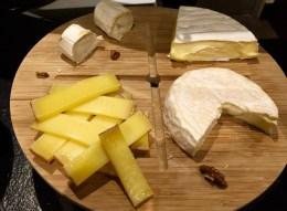 Juliana-Hotel-Paris-breakfast-cheeses-round-world-trip