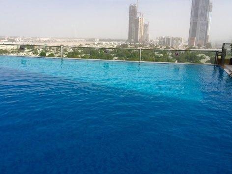 2Gloria-Hotel-Dubai-infinity-pool