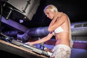 T-DJ Ms.Lynna SK 41