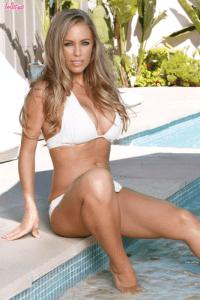 Nicole_Aniston_002