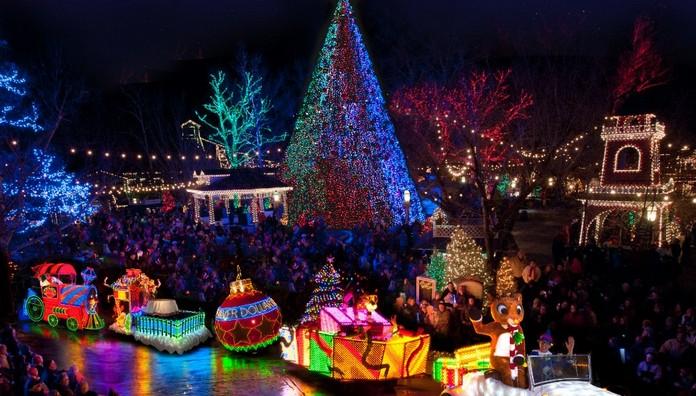 Christmas In USA, (10 Photos