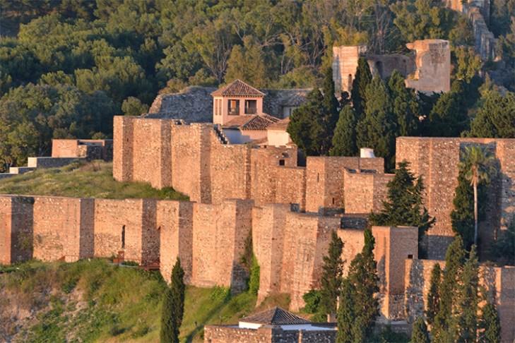 🥇 La Historia del Castillo de Gibralfaro - Explora Málaga