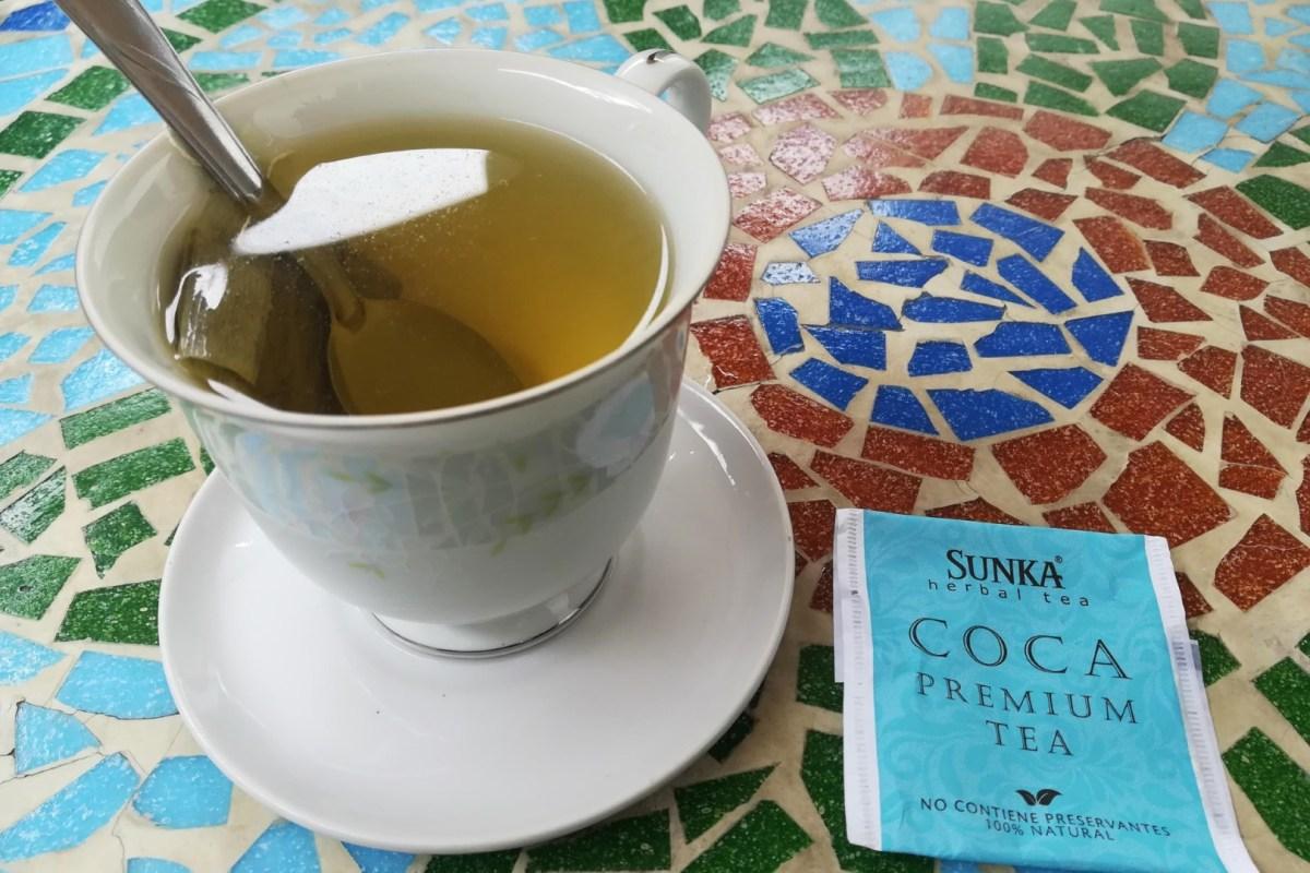 Chá de Coca no Peru, para intoxicação alimentar. doença em viagem