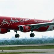 gambar kapal terbang airasia