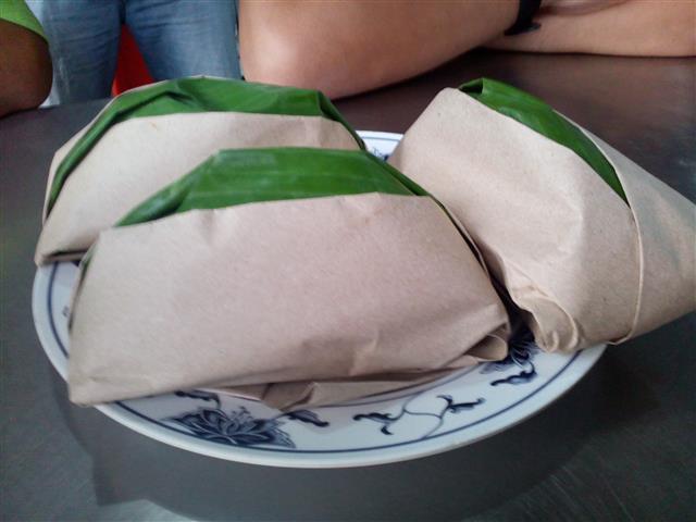 Nasi Ambang siap dibungkus