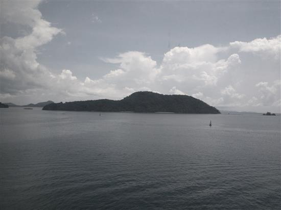 pemandangan dari atas kapal yang sungguh mendamaikan