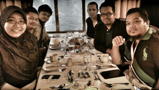Rakan blogger dan media