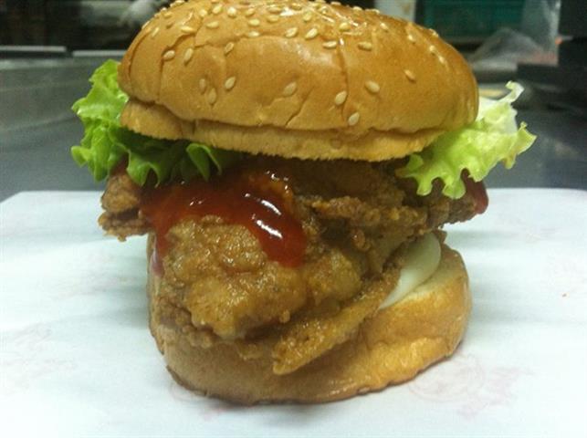 burger ayam rangup