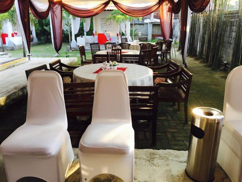 tempat makan outdoor