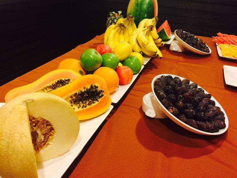 kurma dan buah-buahan