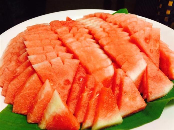 buffet-ramadhan-dewan-perdana-felda-dsaji-tembikai-merah