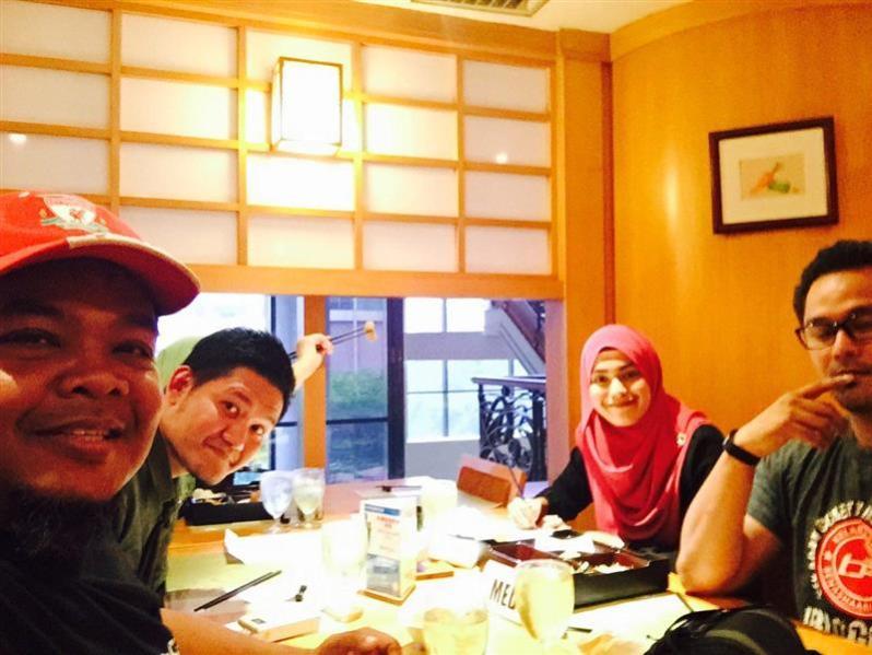 antara bloggers yang datang ke sesi review bento di restoran agehan GBWHSA, sebuah restoran masakan / makanan Jepun halal di Shah Alam