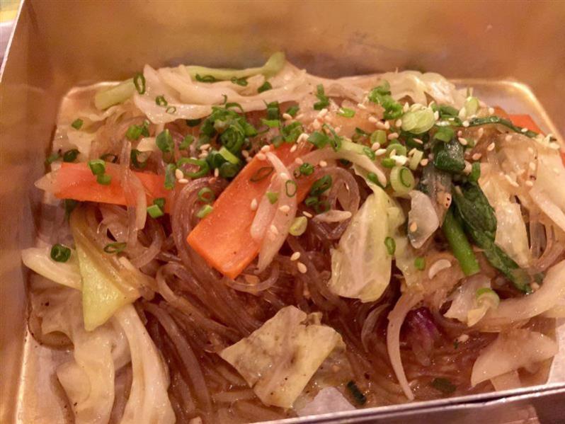 kafe-go-to-school-jab-chae-stir-fried-korean-glass-noodle