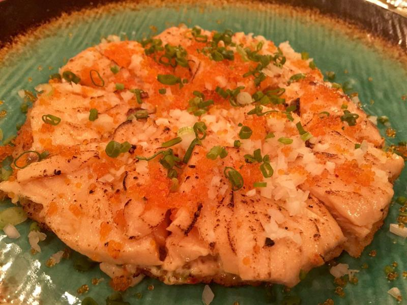 kafe-go-to-school-salmon-pizza