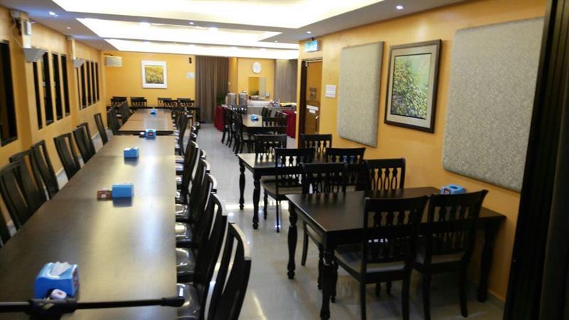 susunan meja mengikut permintaan pelanggan
